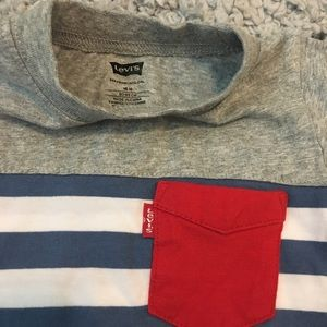 Levi's Shirts & Tops - NWOT Levi's shirt